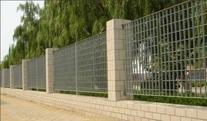 钢格板围墙